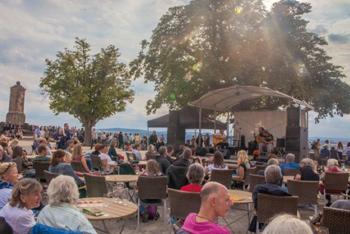 Festung Ehrenbreitstein Bühne auf dem Schlossplatz